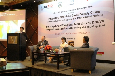 Integrating SMEs into Global Supply Chains: Improving Access to Regional and International Markets