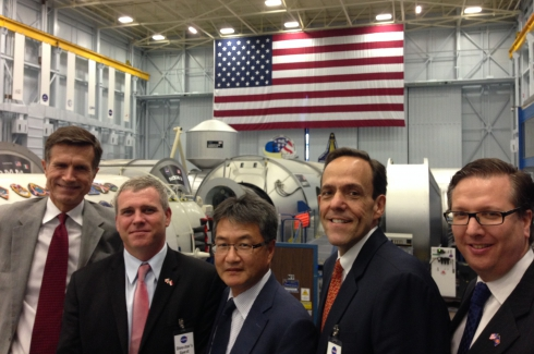 U.S. Ambassadors' visit NASA as part of the 2014 U.S. Ambassadors' Tour to Houston, Los Angeles and the San Francisco Bay Area