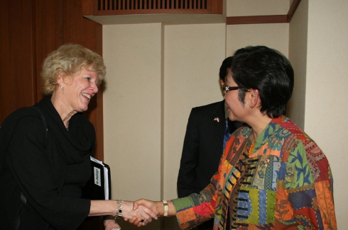 Meeting with H.E. Endang Sedyaningsih - Jan 27, 2010